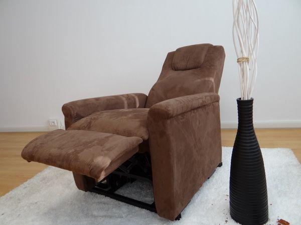 Poltrona elettrica alessia alzapersona e reclinazione combinata in