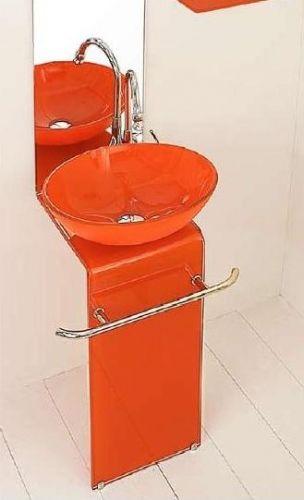 bagno arancione foto: wc arancione u foto stock ? baloncici ... - Arredo Bagno Arancione
