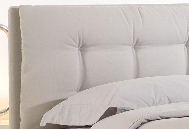 Divano Bianco Moderno: Colore parete divano bianco ...