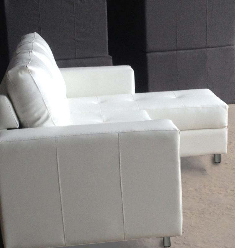 Divano angolare Roma con pouf 205 cm ecopelle bianco nero 3 posti ...