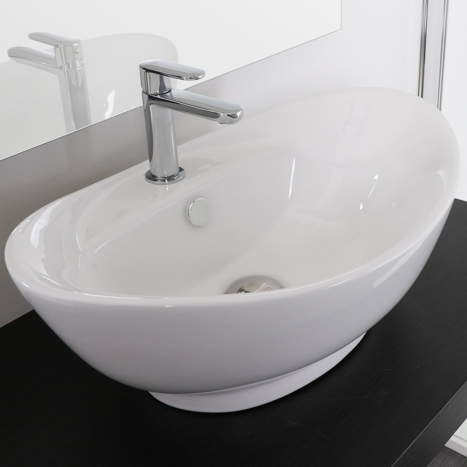 Lavabo da appoggio ovale 59x39 60x37 in ceramica bianco o for Lavabo da appoggio