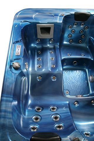 Minipiscina idromassaggio per 3 persone 210x160cm 33 getti pr for Sedute per piscine
