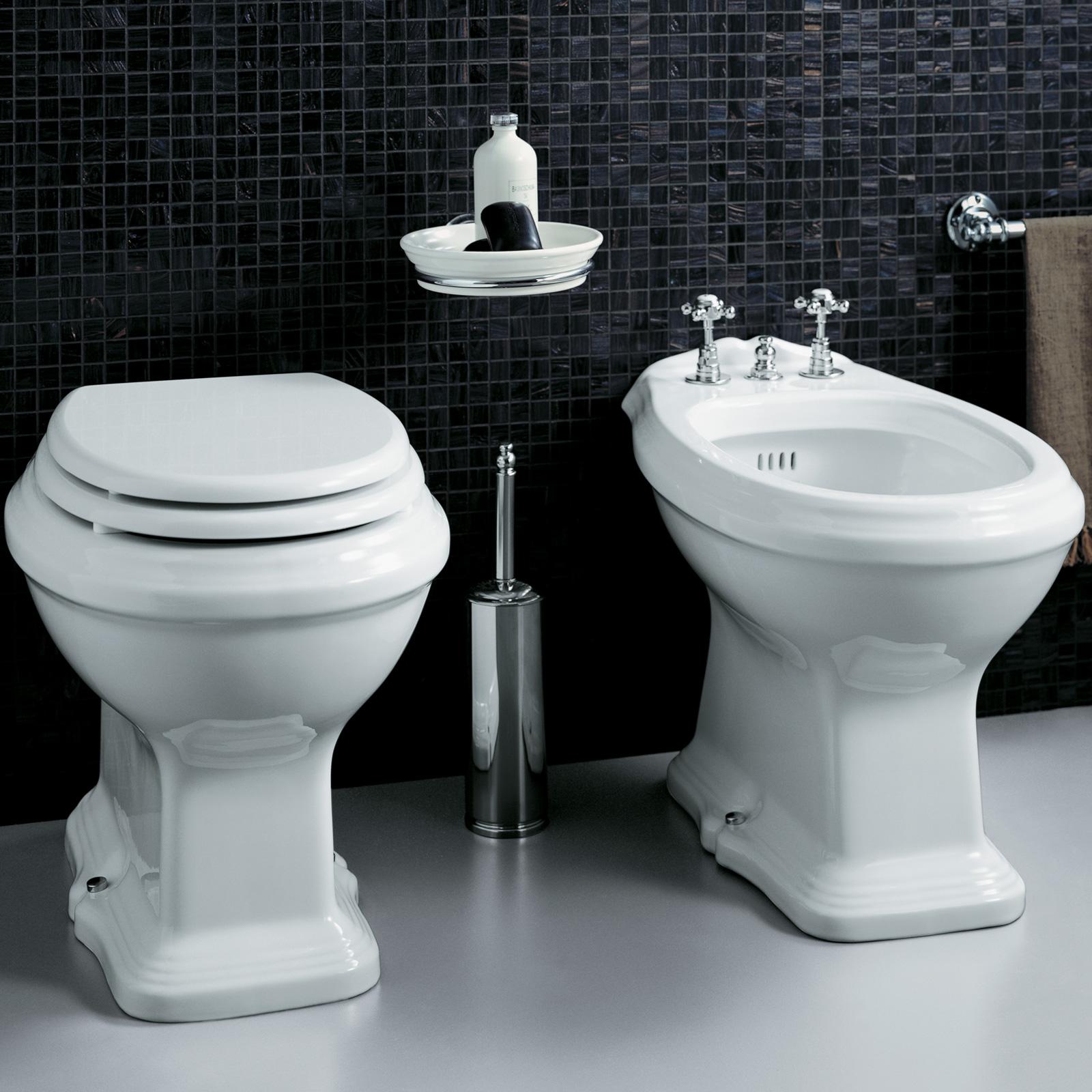 Bidet con water serie classica scarico a pavimento o parete opzione lavabo con colonna - Costo water bagno ...